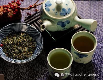 """全国""""天山绿茶""""杯征文大赛作品之——天山绿茶记"""